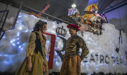 The float from the Teatro Real, which will take part in the three kings parade in Madrid for the first time this year.
