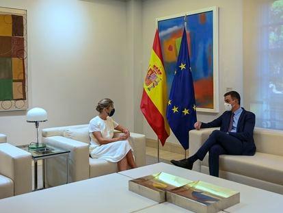Prime Minister Pedro Sánchez with second Deputy PM Yolanda Díaz on Thursday.