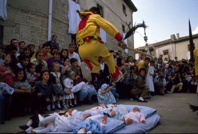 Baby-jumping in Castrillo de Murcia (Burgos).