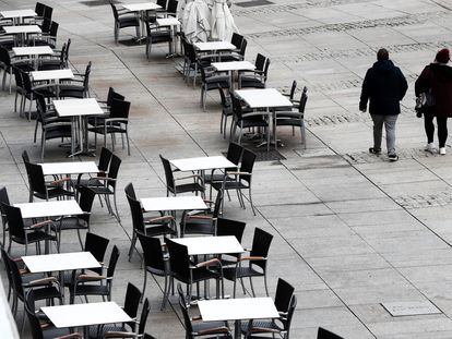 An empty sidewalk café in Pamplona, Navarre.
