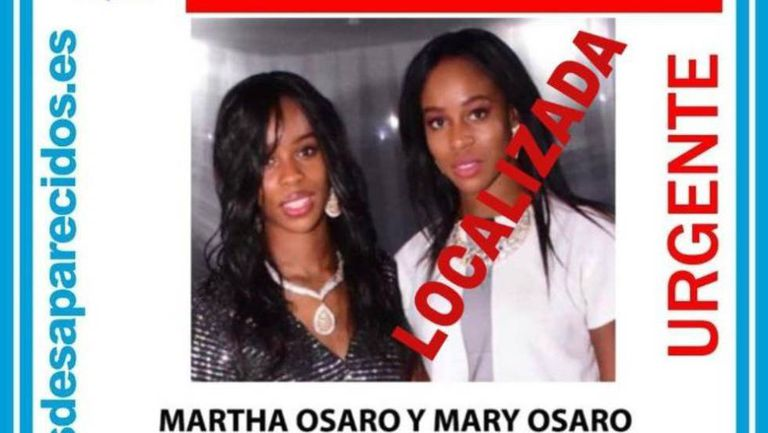 Photo of the twin sisters shared by missing persons network SOS Desaparecidos.