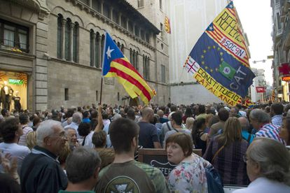 A demonstration against the mayor of Lleida, who has refused to support the referendum.