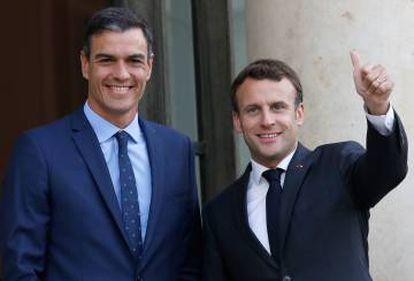 Pedro Sánchez and Emmanuel Macron.