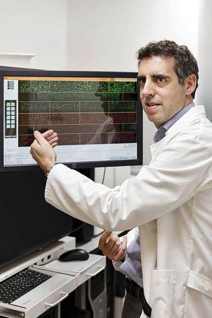 Esteller in his research center.
