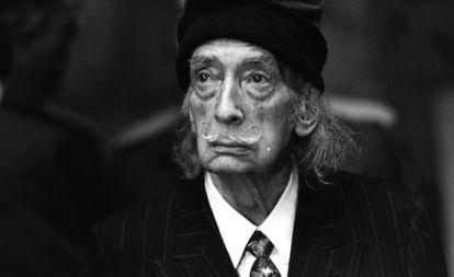 A Spanish woman has filed a paternity claim against Dalí.