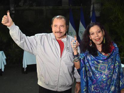 Daniel Ortega and Rosario Murillo at Sunday's elections in Nicaragua.