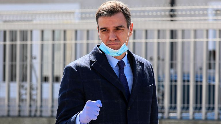 Prime Minister Pedro Sánchez on a visit to a ventilator factory in Madrid on Friday.