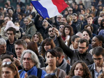 A minute of silence in Lyon in November 2015 for the victims of the Paris terror attacks.