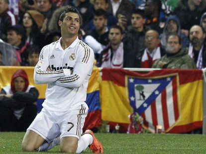 Cristiano Ronaldo scored a hat-trick in Real Madrid's 1-4 win over Atlético.