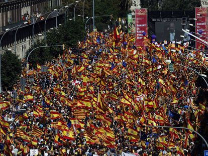 An overhead view of the protest in Barcelona.