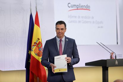 Spanish PM Pedro Sánchez at a news conference to review the executive's performance on Thursday.