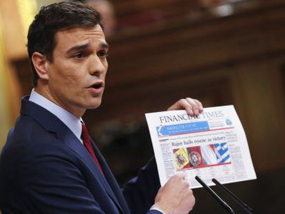 Socialist leader Pedro Sánchez speaking at the state of the nation debate.