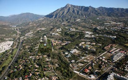 An artist's impression of the tower Sierra Blanca Properties plans to build in Marbella.