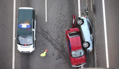 The aftermath of a traffic accident in Pontevedra in 2013.