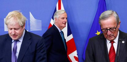 Britain's PM Boris Johnson, EC President Jean-Claude Juncker and the European Union's chief Brexit negotiator Michel Barnier at a press conference today after agreeing the latest Brexit deal.