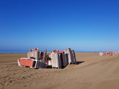 Maspalomas beach in Gran Canaria during the lockdown.