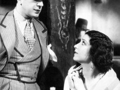 Carlos Gardel and Helena D'Agly in Paramount's Melodía de arrabal (1933).