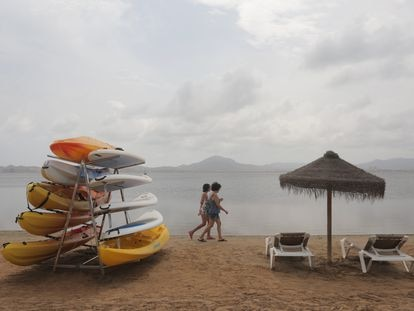 The deserted waters at Ciervo island (Cartagena) on Monday.