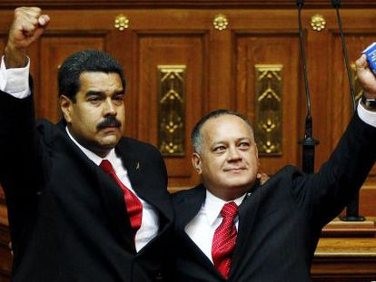 Venezuelan President Nicolás Maduro (l) with Diosdado Cabello in 2013.