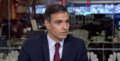 Pedro Sánchez in New York during an interview on the television program 'Morning Joe.'