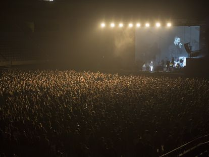 Image of the Love of Lesbian concert in Barcelona.