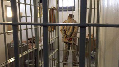 El Chapo Guzmán in his cell.