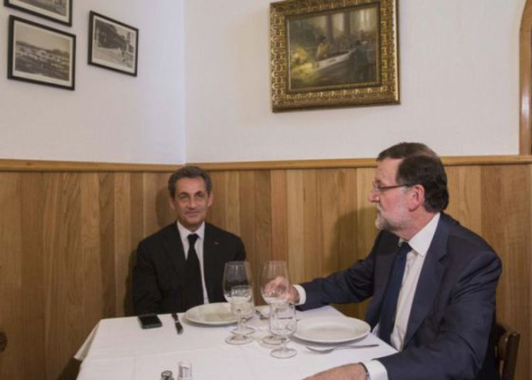 The photo posted on Rajoy's official Twitter account, which sparked a whole new meme.