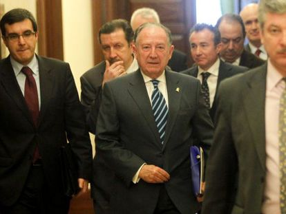 CNI chief Félix Sanz Roldán (c) in Congress.