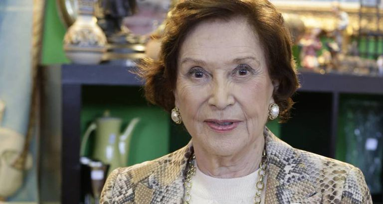 Maria Del Carmen Franco Y Polo Only Daughter Of Spanish Dictator Francisco Franco Dies Aged 91 News El Pais In English Includes free vocabulary trainer, verb tables and pronunciation function. maria del carmen franco y polo only