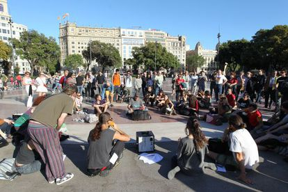 15-M protesters gather in a Barcelona square on Friday.