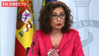 Government spokeswoman Marïa Jesús Montero at the Friday news conference.