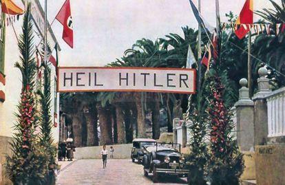 A banner welcoming the German sailors coming ashore in Puerto de la Cruz.
