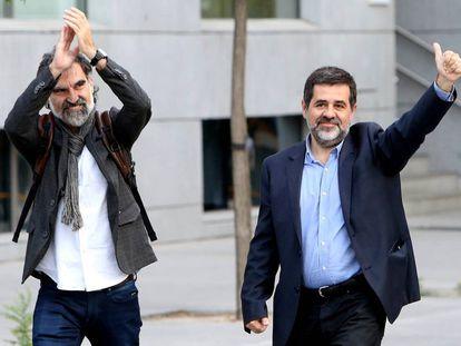Jordi Sànchez of ANC (L) and Jordi Cuixart of Ómnium at the High Court.