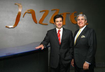 José Miguel García (left), CEO of Jazztel, and chairman Leopoldo Fernández Pujals.