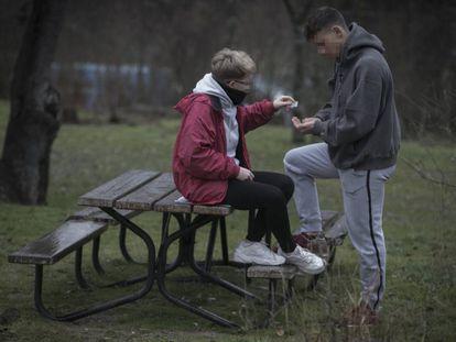 The average age teens start using drugs has fallen.