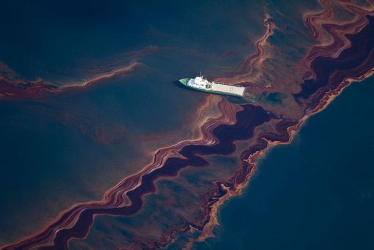 An aerial view of the 2010 oil spill in the Gulf of Mexico.