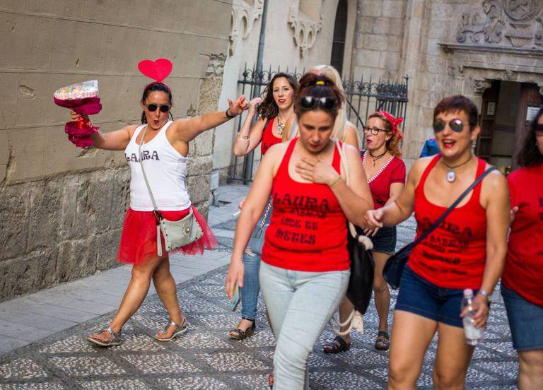 A bachelorette party in Granada.