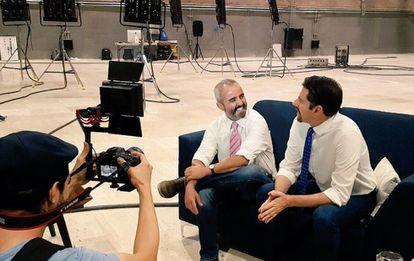Eduardo Videgaray and José Ramón San Cristóbal on set at Imagen Televisión