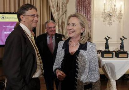 Bill Gates with Hillary Clinton in 2011 at an event in Washington.