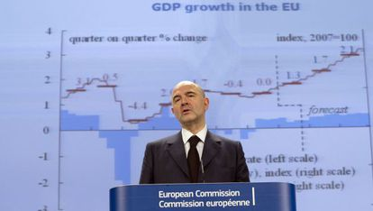The European Commissioner for Economic and Financial Affairs, Pierre Moscovici, announces growth forecasts.