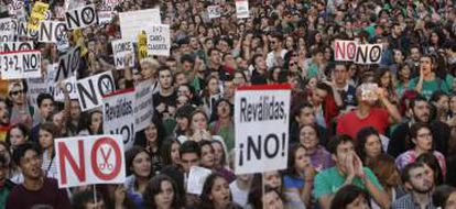 Spanish students recently protested the standardized tests.