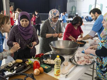 Spanish volunteers at a recent event in Madrid to help integrate Syrian refugees.