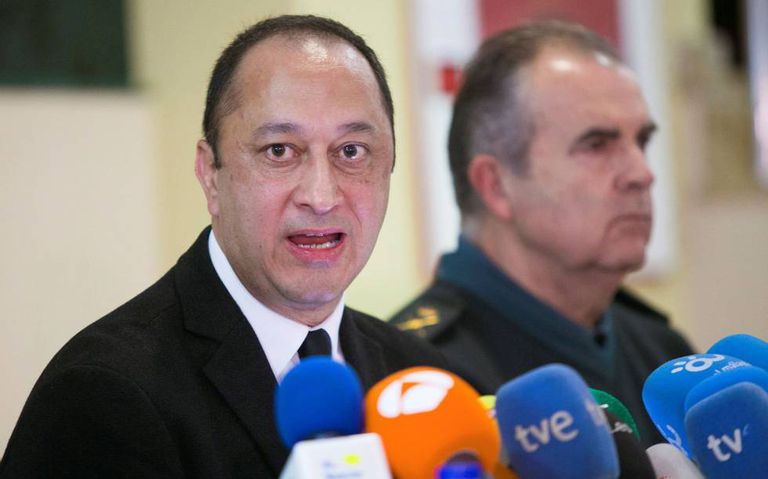 The central government delegate in Andalusia, Alfonso Rodríguez Gómez de Celis, speaks to the press on Saturday.