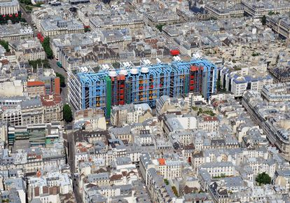 An aerial view of the Pompidou Center from 2010.