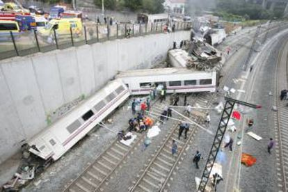 The aftermath of the crash.
