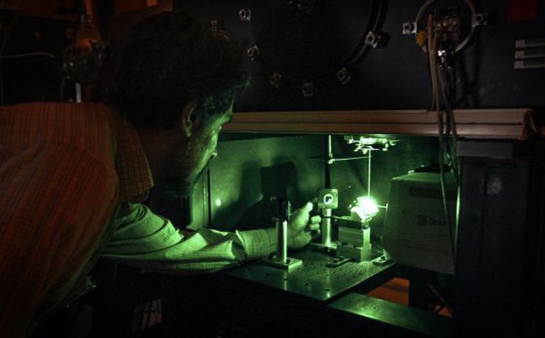 Molecular fluid dynamics research at Spain's CSIC.