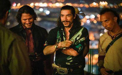 Sergio Peris-Mencheta (l) and Óscar Jaenada (c), the bad guys in 'Rambo: Last Blood.'