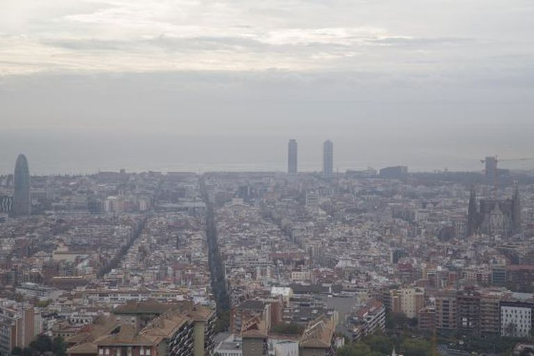 Barcelona was overpowered by a terrible smell on Wednesday.