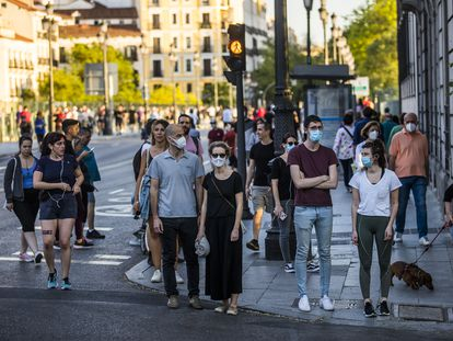 People taking exercies in Madrid on Wednesday, in some cases not respecting social distancing.