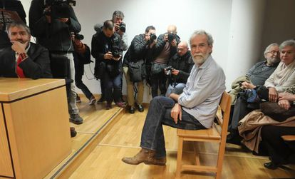 Spanish actor Willy Toledo during the trial.